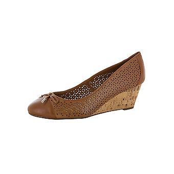 Isaac Mizrahi Live Womens Sarah Wedge Pump Shoes