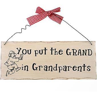 Sie setzen das Grand in Großeltern hängendes Schild
