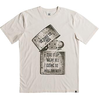 DC Dead Above Short Sleeve T-Shirt en blanc antique