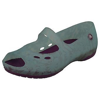 Mädchen ändern Farbe Crocs