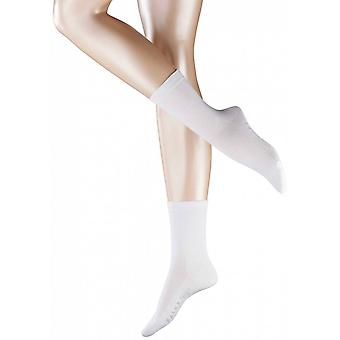 משפחת פלקה-גרביים לבנים