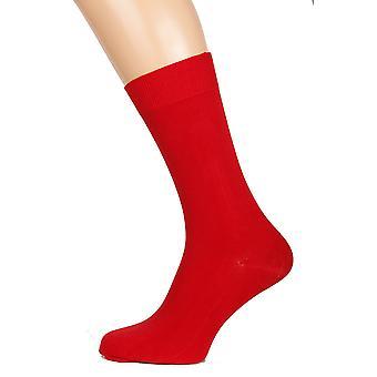 Тауно Мензапос;с Красные носки