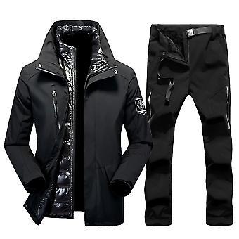 冬のスキースーツ。防風, 防水ジャケット