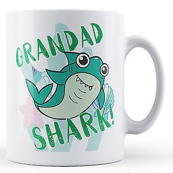 ¡Tiburón del abuelo! -Taza impresa