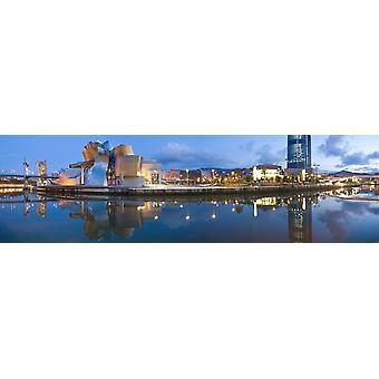 Odbicie Muzeum na wodzie Guggenheim Museum Bilbao kraju Basków Hiszpania Poster Print