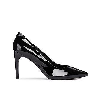 D Faviola C Heels
