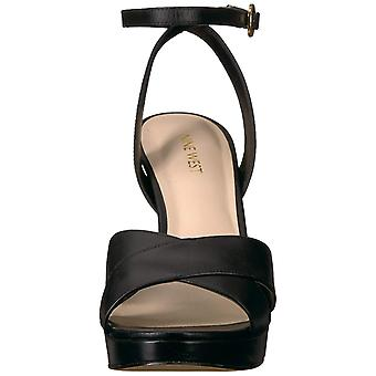 Negen West Womens Quisha lederen amandel teen casual enkel riem sandalen