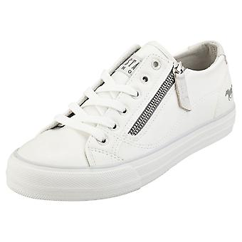 Mustang Low Top Side Zip Womens Fashion Trainers in White