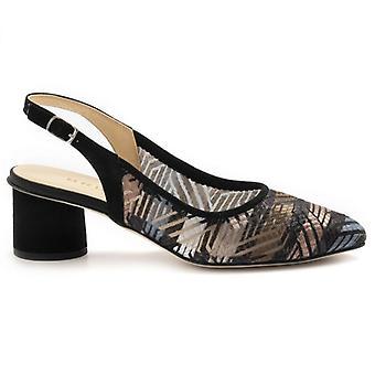 Brunate Women's Shoe in Black and Multicolor Fabric