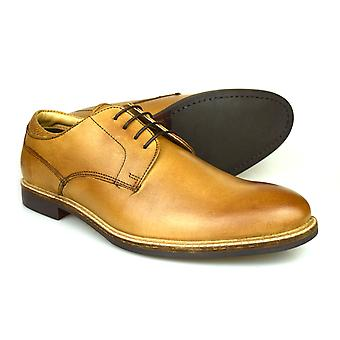 Red Tape Broxton Tan Men's Leather Derby Shoes