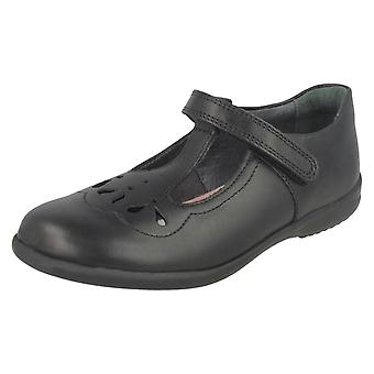 Escola de meninas Startrite sapatos Poppy