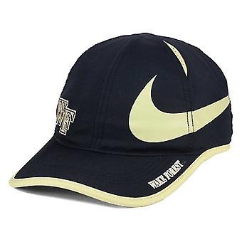 Wake Forest Demon Diakone NCAA große Nike Swoosh Aerobill einstellbare Hat