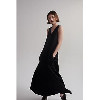 Lindsay Nicholas NY Maxi Jurk in zwart