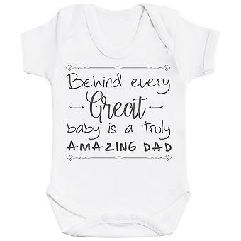 Takana jokainen suuri vauva on todella hämmästyttävä isä vauva Bodysuit