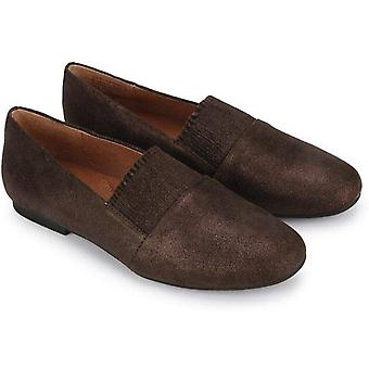 Gentle Souls Women's Shoes Eugene ruffle Leather Round Toe Slide Flats
