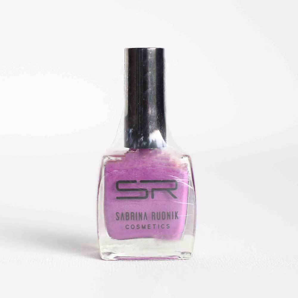 Sabrina Rudnik Cosmetics Nail Polish Trend (Glamour 08)