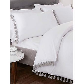 Tassel Duvet Cover and Pillowcase Bed Set - Super King, White