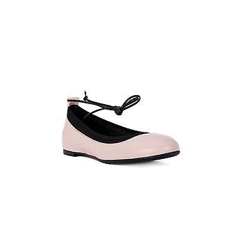 Frau Empire powder shoes