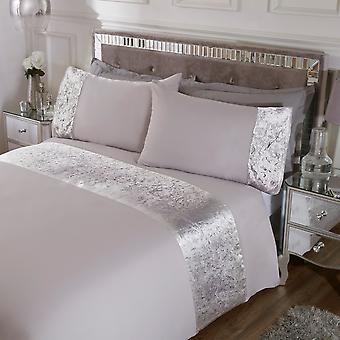 Foil Printed Velvet Cuff Bedding Set