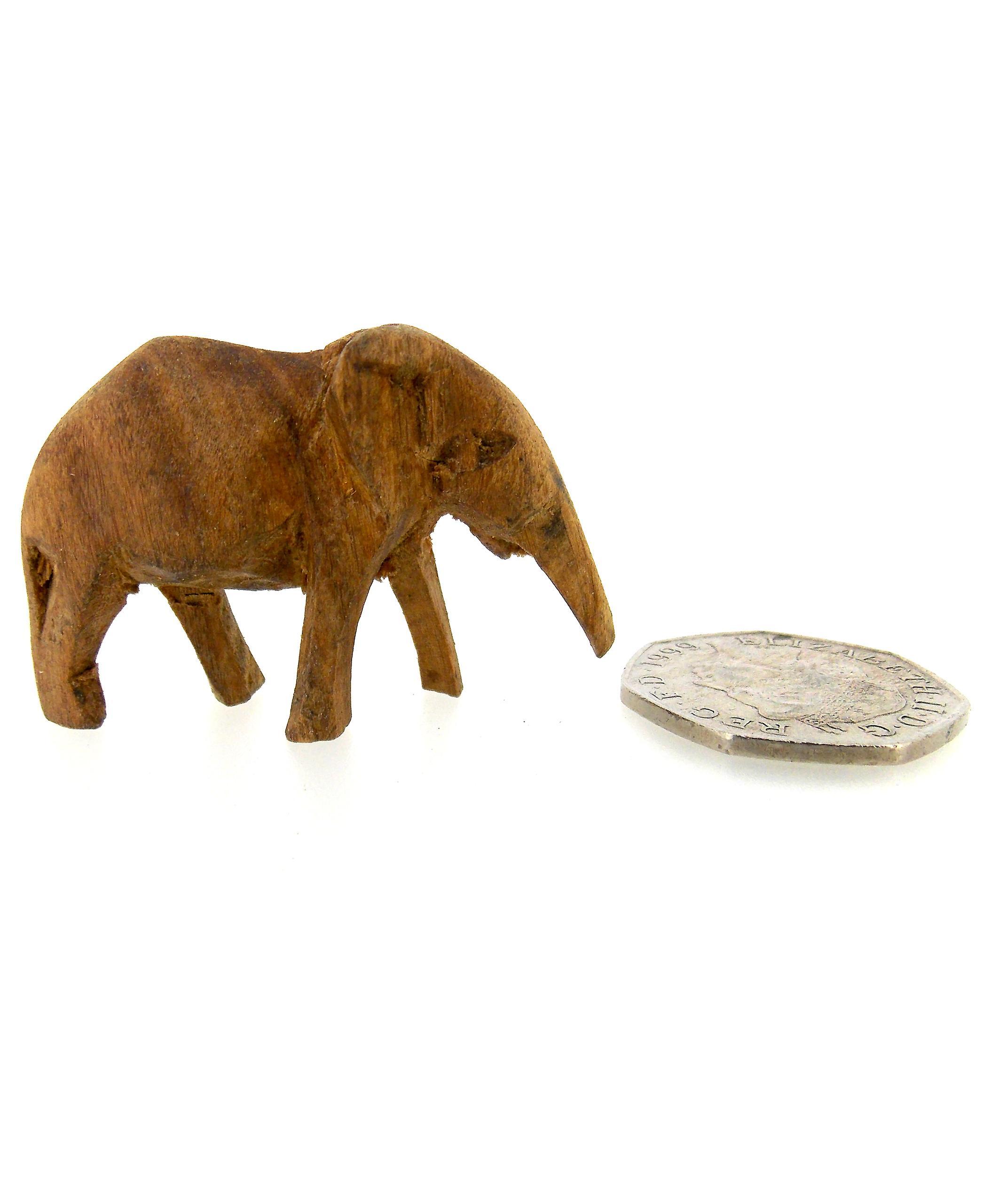 Handmade Wooden Elephant Sculpture – 4.5cm