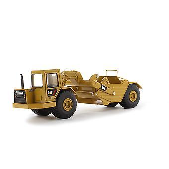 CAT 1:64 Diecast 611 Wheel Tractor Scraper Toy
