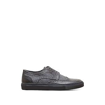 Kenneth Cole Femmes errent cuir Bas Top Lace Up Fashion Sneakers