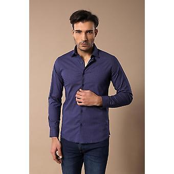 Själv vinrött färgpunkt mönster blå slimfit skjorta