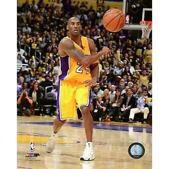 Kobe Bryant 2015-16 Action Sports Photo (8 x 10)