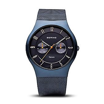 BERING Analog quartz men with stainless steel strap 11939-393