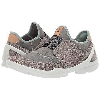 ECCO Women's Biom Street Slip on Sneaker