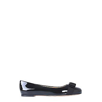 Salvatore Ferragamo 57455601a181 Women's Black Patent Leather Flats