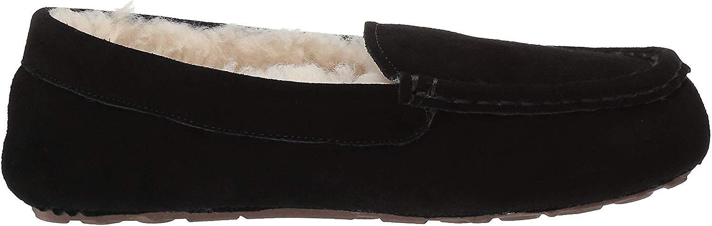 Essentials Women's Leather Moccasin Slipper, Black, 6 M US