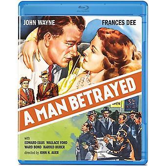 A Man Betrayed [Blu-ray] [BLU-RAY] USA import