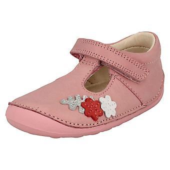 Meninas primeiro Clarks suporte t sapatos pequena flor