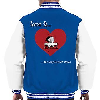 Kærlighed er den måde at slå Stress Men's Varsity Jacket