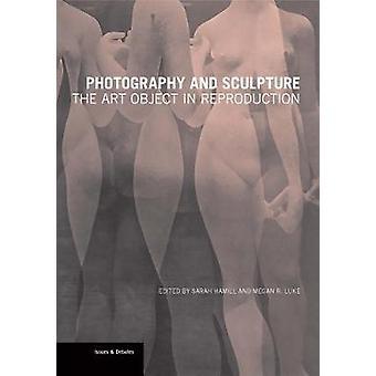 Fotografie en beeldhouwkunst - het kunstobject in reproductie door Sarah H