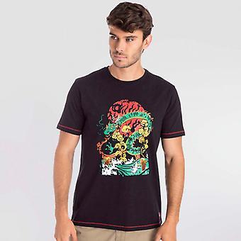 Camiseta Preta do Dragão