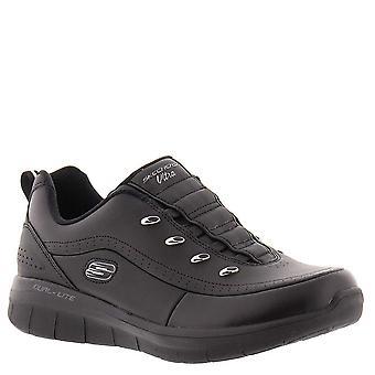 Skechers الرياضة التآزر 2.0 نقطة التنسيق المرأة & apos حذاء رياضي