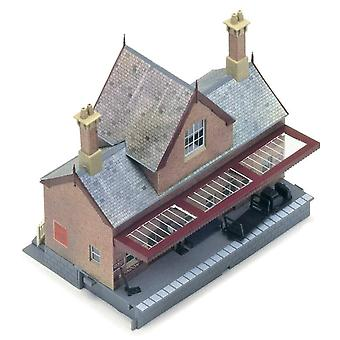 Hornby Booking Hall Model