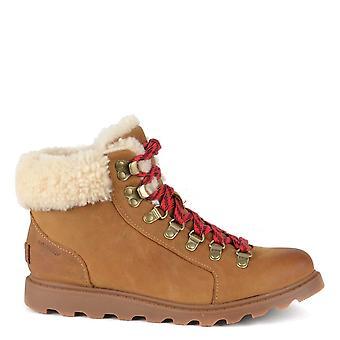 Sorel Ainsley Conquête Elk Lace Up Boot