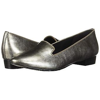 Soft Style Women's Charmy Loafer
