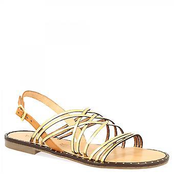 Leonardo Shoes Damskie&s ręcznie robione niskie płaskie sandały z procy ze złota i beżowej skóry cielęcej