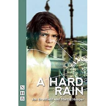 A Hard Rain de Jon Bradfield - Martin Hooper - 9781848423961 Livre