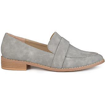 Brinley Co Women's Schoenen Rossy Fabric Pointed Toe Loafers