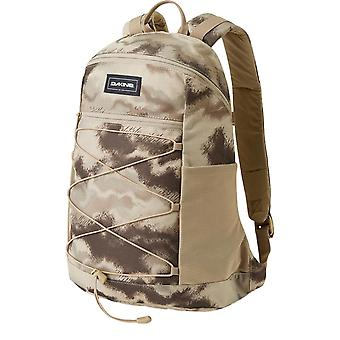 Dakine WNDR 18L Backpack - Ashcroft Camo
