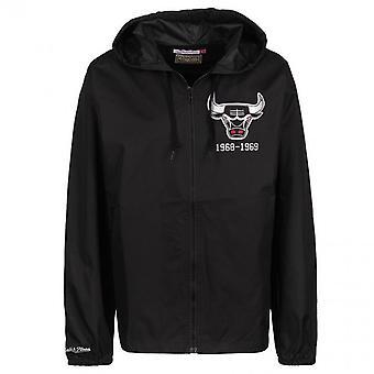 Mitchell & Ness Chicago Bulls Team Kapitän Windbreaker Jacke CBUBLCK