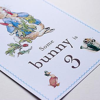Peter kanin 'Nogle Bunny er 3' kort og staffeli 3rd Birthday dekoration tegn