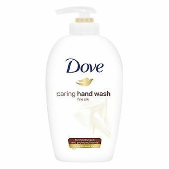 3x di 250ml Dove Fine Silk Caring Hand Wash per mani idratate e protette