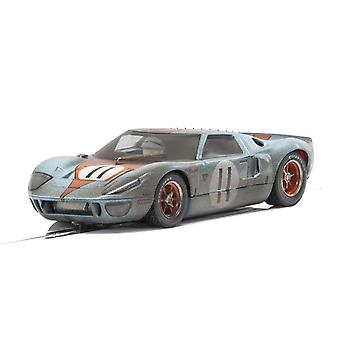 Weathered Scalextric Ford GT40 Golfe #11