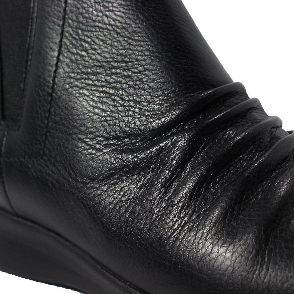 Clarks Un Adorn Mid Black Leather Womens Zip Up Chelsea Boots